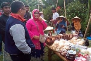 Pasar Pancingan Angkat Potensi Wisata Desa Hijau Bilebante Asdep Kemenpar