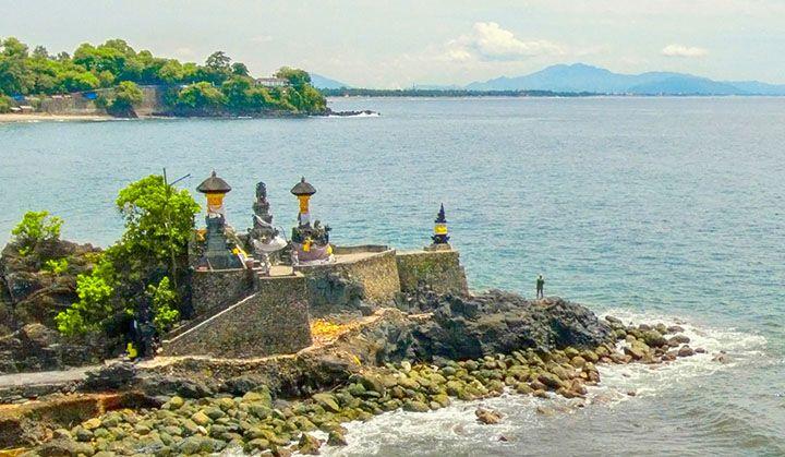 38 Tempat Wisata Lombok Lengkap Tips Berkunjung Pura Batu Bolong