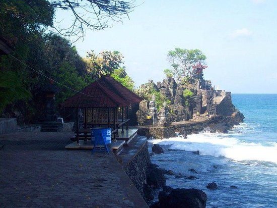 Batu Bolong Temple Lombok Picture Senggigi Pura Kab Barat