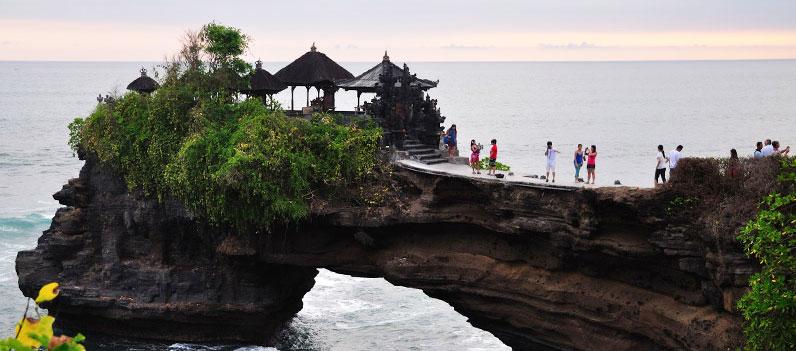 Paket Wisata Bali Lombok Murah Fun Tempat Pantai Batu Bolong