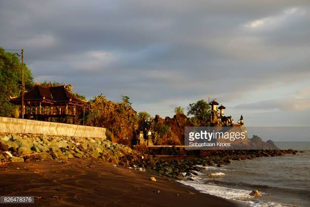 Pura Batu Bolong Stock Photos Pictures Getty Images Overview Dusk