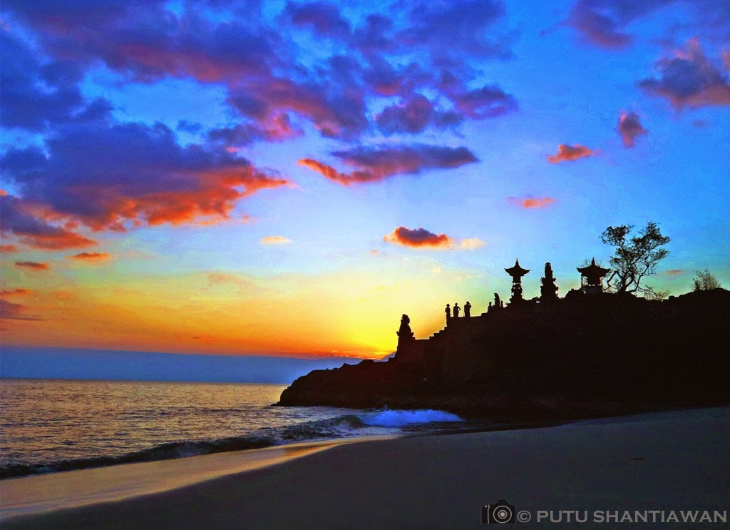 Travel Photography Putu Traveling Pura Batu Bolong Lombok Sunset Barat