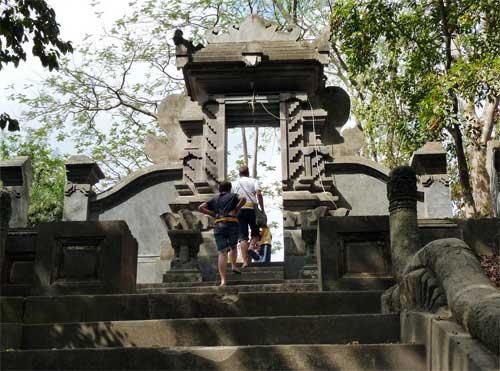 Persong5 Jpg Click Enlarge Image Pura Gunung Pengsong Kab Lombok