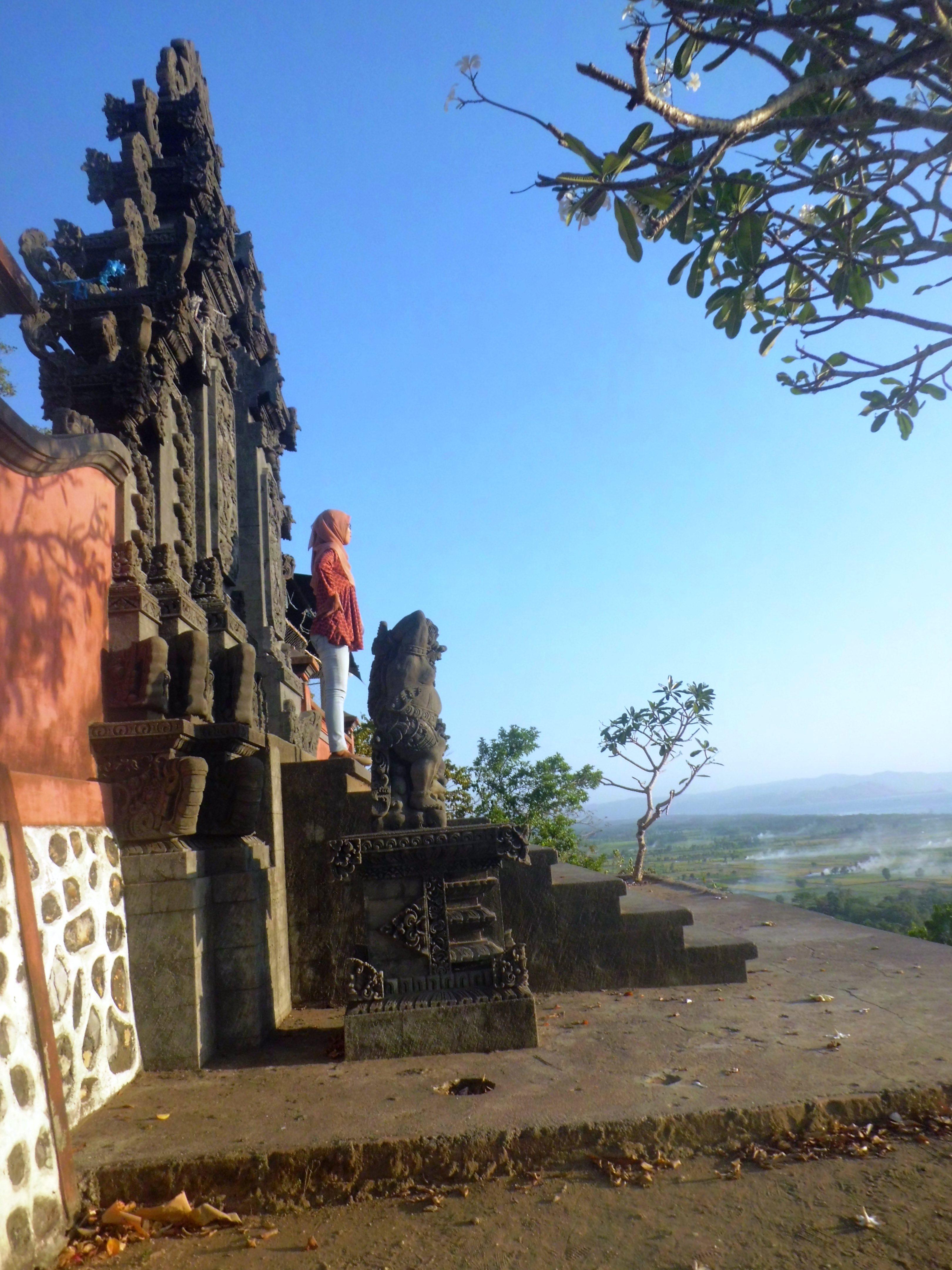 Pura Gunung Pengsong Kab Lombok Barat
