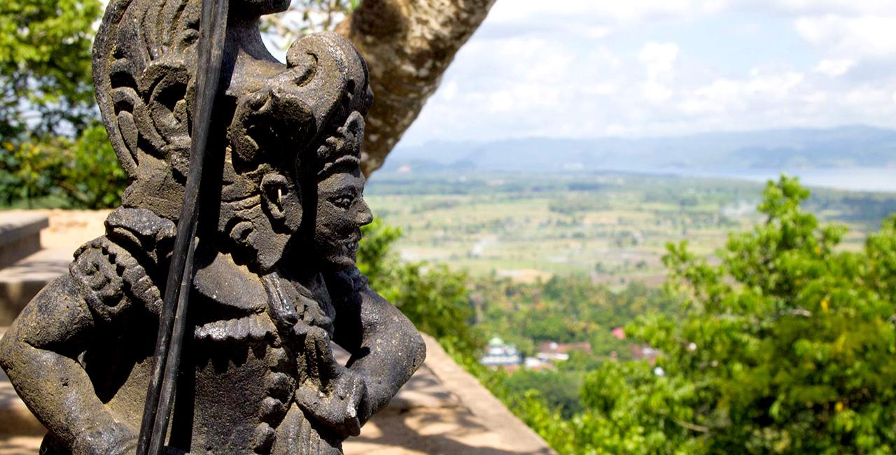 Pura Gunung Pengsong Lombok Gerbang Wisata Tour Adventure Kab Barat