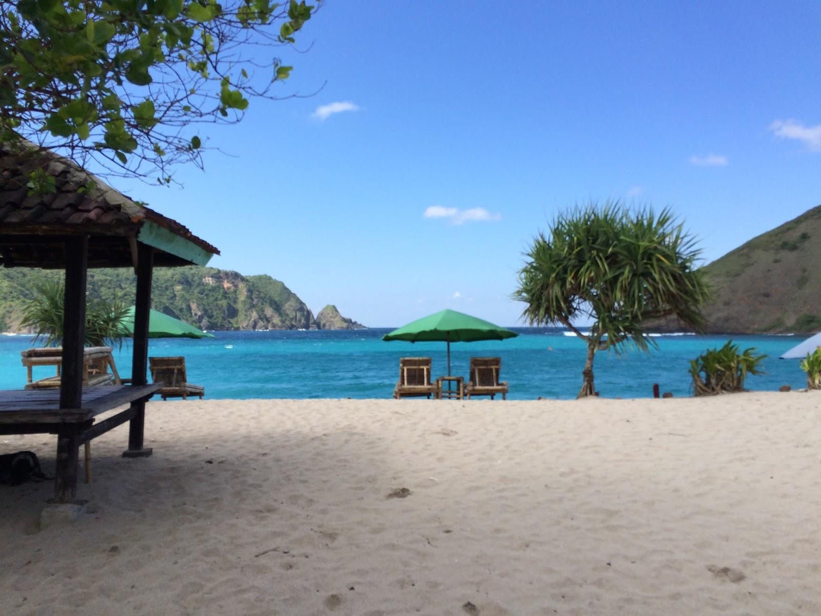 Tiket Masuk Pantai Mawun Kab Lombok Tengah 2019 Harga Tiket Wisata