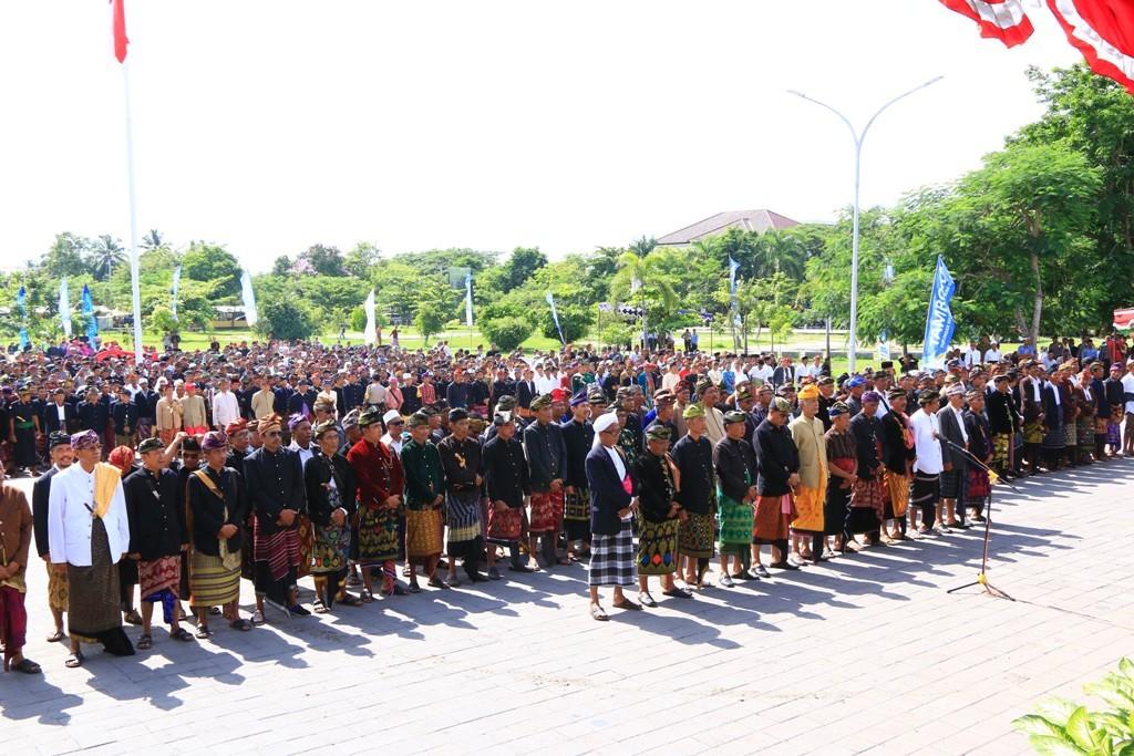 Pemerintah Kabupaten Lombok Tengah Krama Adat Desa Dikukuhkan Pemandian Aik