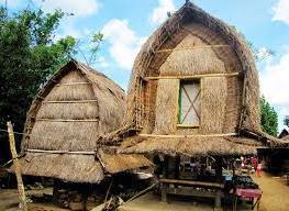Budaya Lombok Menelusuri Desa Sade Tengah Ragam Rumah Adat Sasak