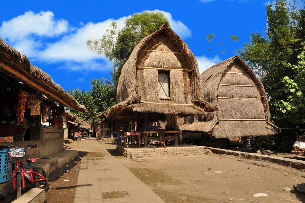 Desa Sade Sebuah Daerah Wisata Edukatif Lombok Paket Kental Budayanya