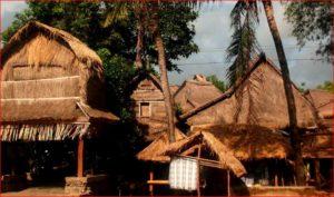 Keunikan Rumah Adat Desa Sade Lombok Paket Wisata Bale Khas