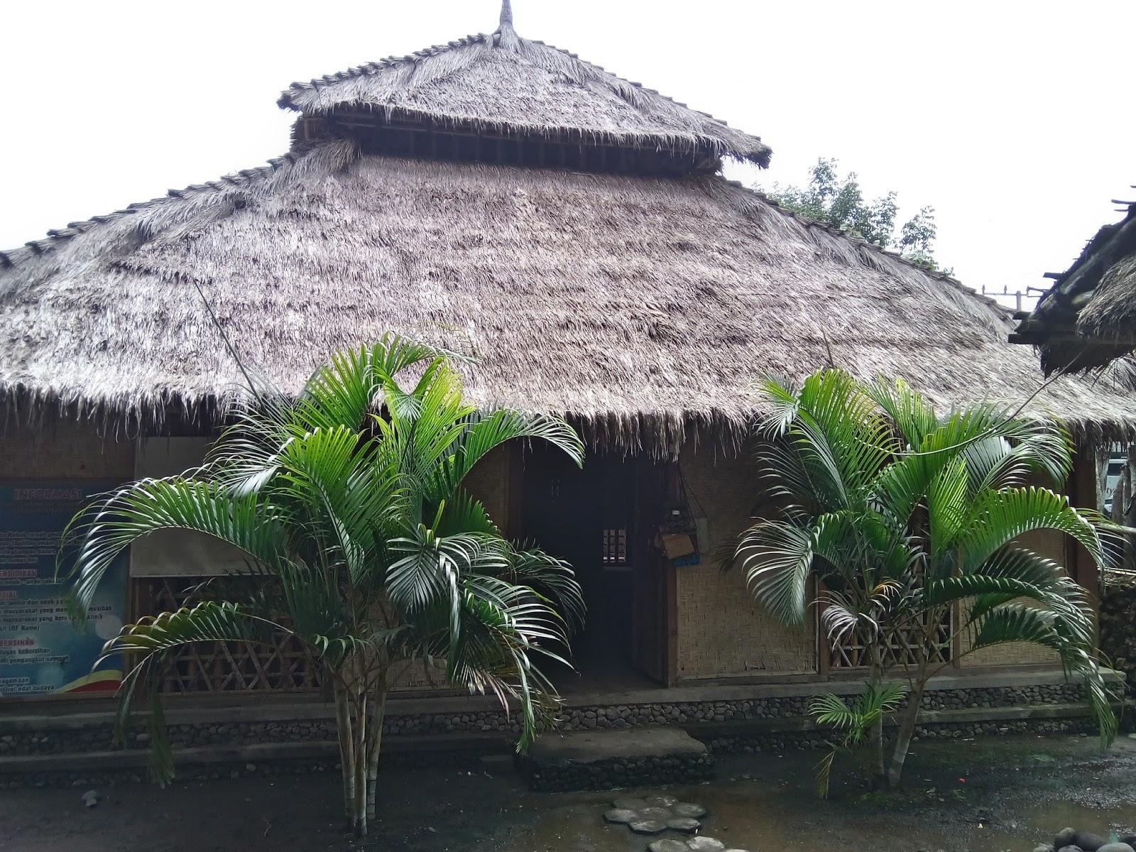Life Continue Grateful Kelestarian Budaya Suku Sasak Lombok Tengah Rumah