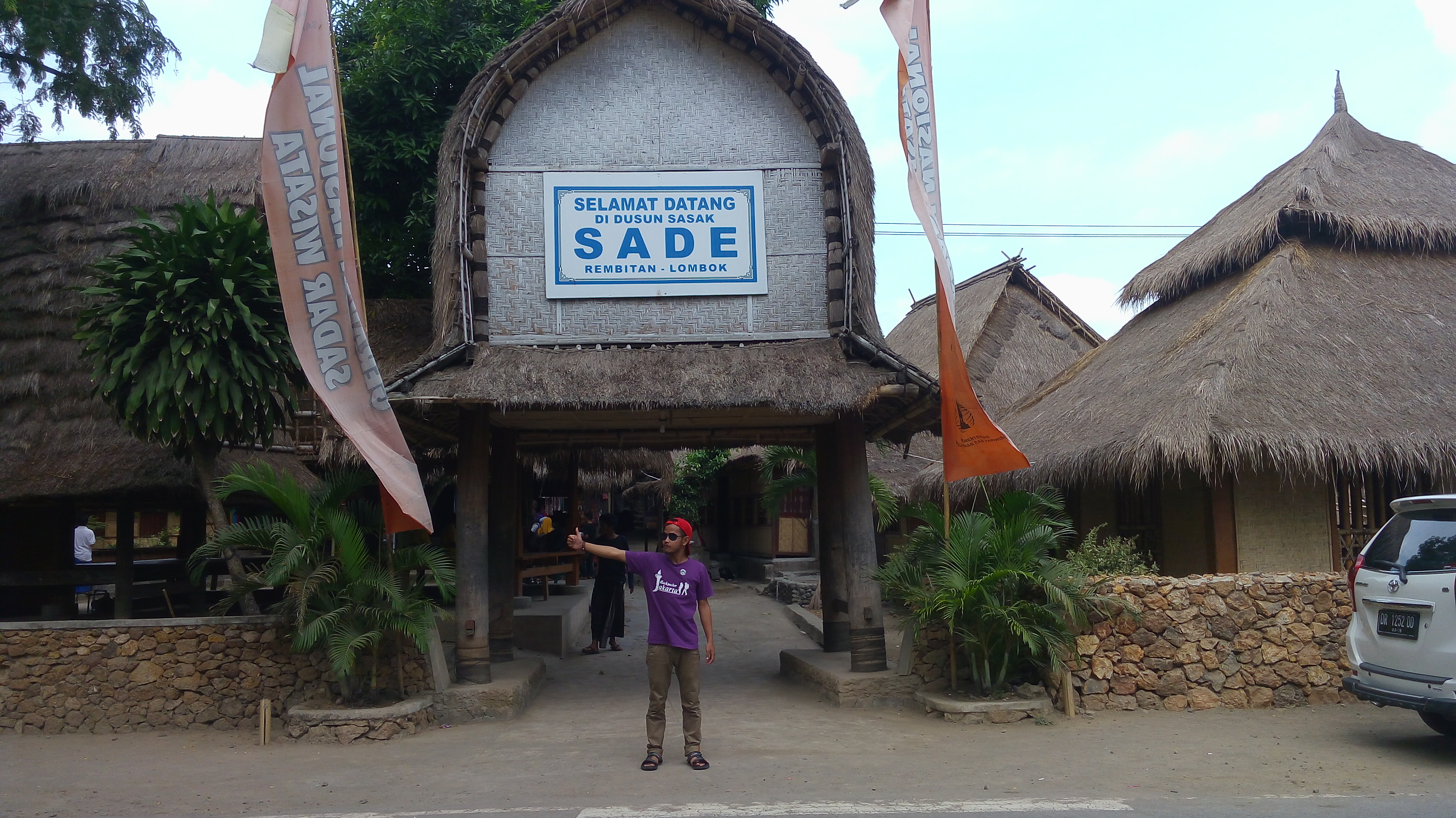 Mengenal Pesona Desa Sade Lombok Melegenda Backpacker Jakarta Jpg Rumah