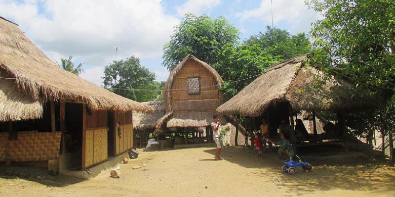 Oleh Berwisata Dusun Ende Lombok Halaman 1 Kompas Rumah Adat