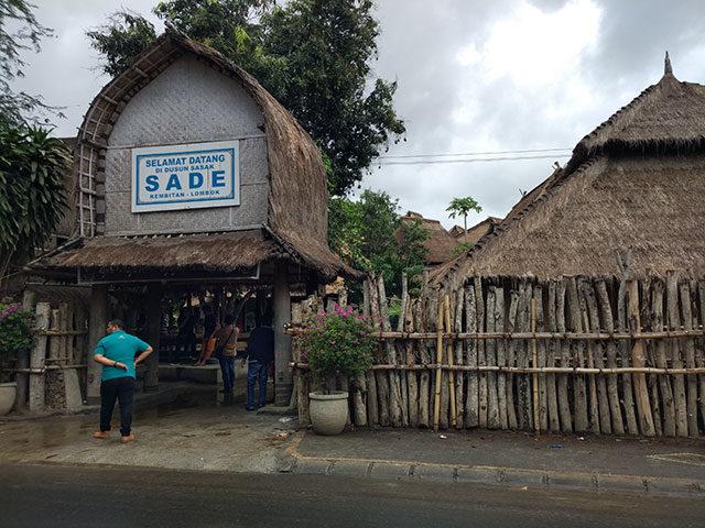Pertahankan Adat Sasak Jadi Destinasi Wisata Terkenal Akses Pintu Masuk