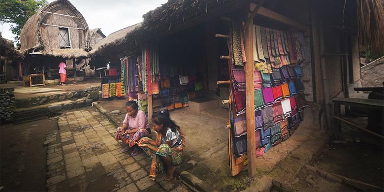 Tradisi Unik Suku Sasak Desa Sade Rumah Adat Kab Lombok