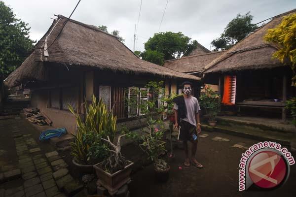 Warga Sasak Lombok Pertahankan Tradisi Lumbung Beras Suara Pembaruan Suku
