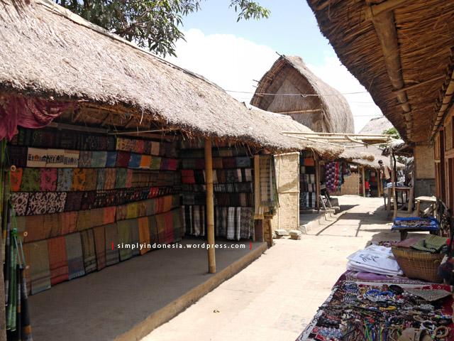 Wisata Budaya Desa Sade Rembitan Lombok Simplyindonesia Suasana Siang Hari