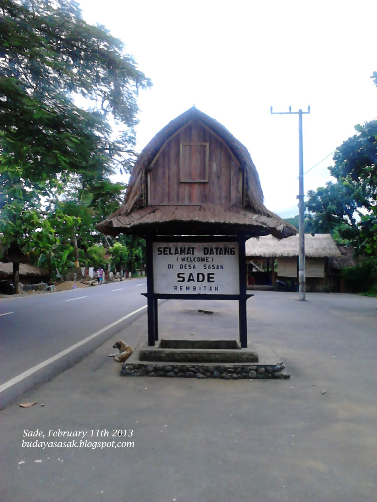 Wisata Rumah Adat Desa Sade Lombok Tour Travel Kab Tengah