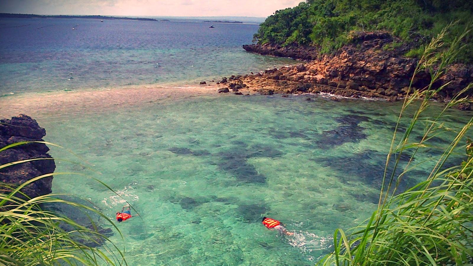 Azizan Linata Tour Travel Pantai Pink Lombok Timur Kawasan Terdapat