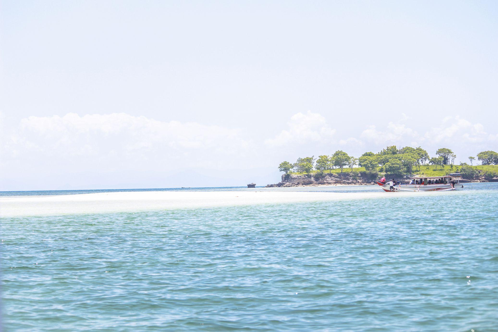 Pantai Pink Lombok Timur 5 Tempat Wisatanya Pulau Pasir Wisata