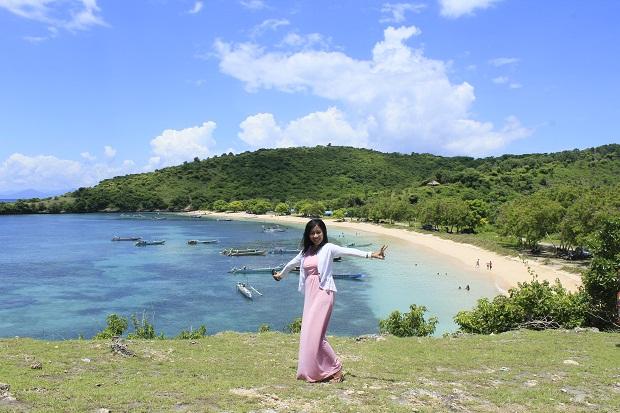 Pink Beach Tour Liburan Pantai Lombok Indah Paket Kab Timur