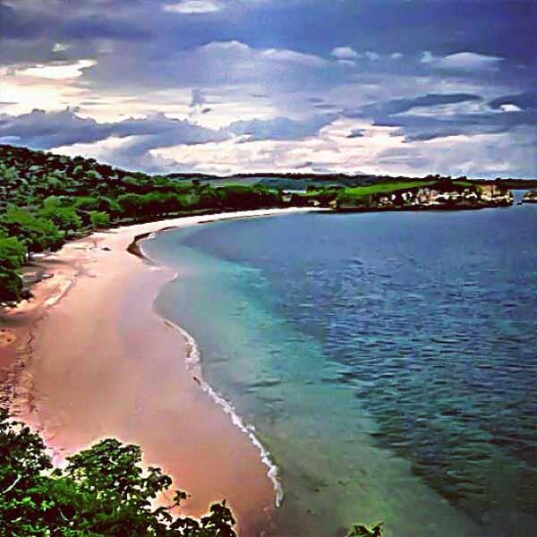 Uniknya Pantai Pink Lombok Timur Pulau Gilis Kab