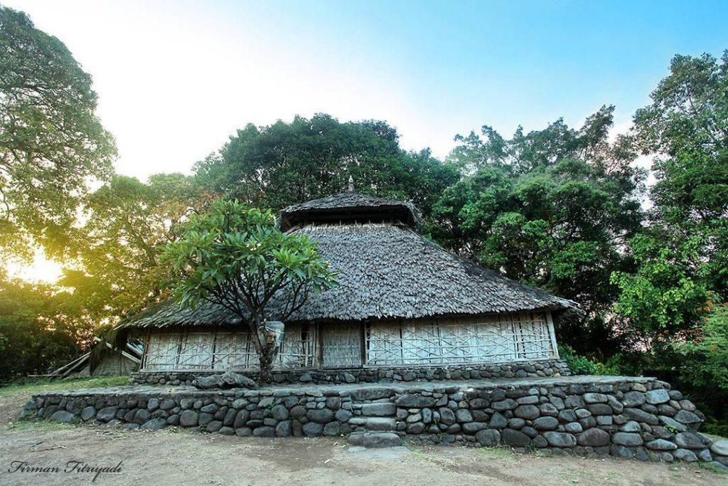 11 Tempat Wisata Kabupaten Lombok Utara Liburan Berwarna Desa Senaru