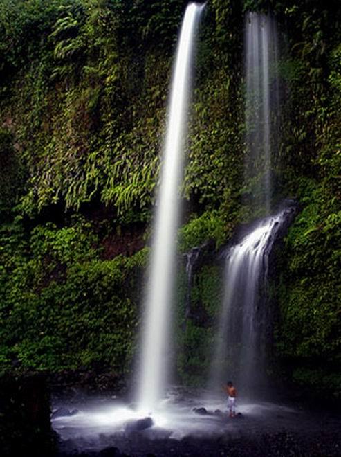 Flexi Visit Lombok Sumbawa Air Terjun Sendang Gile Berlokasi Desa