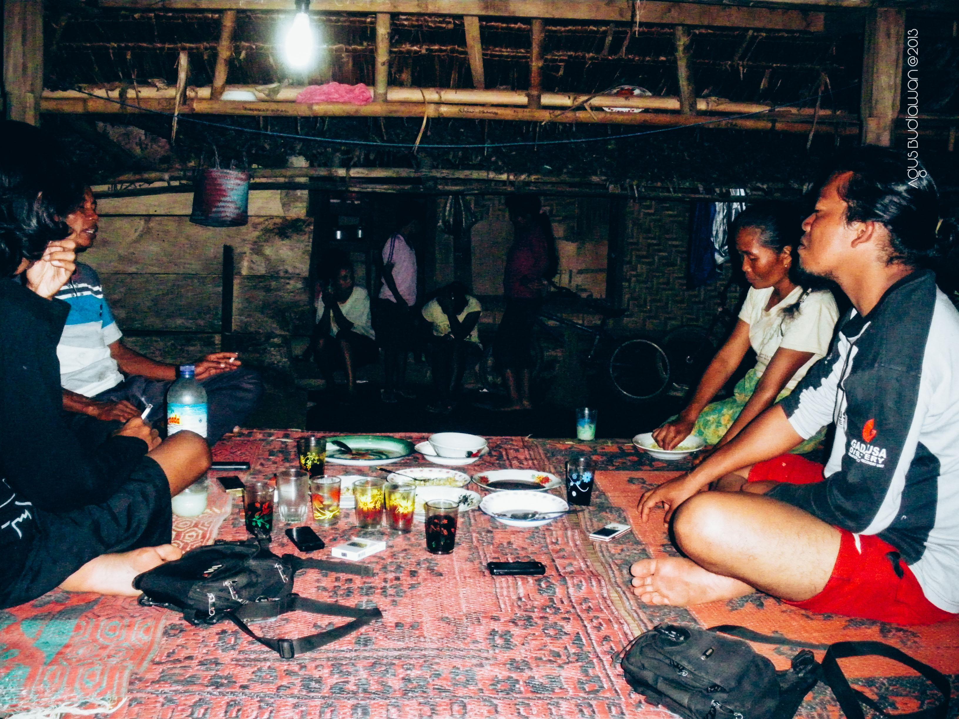 Melepas Lelah Berugak Sedikit Mengenal Suku Sasak Desa Senaru Keesokan