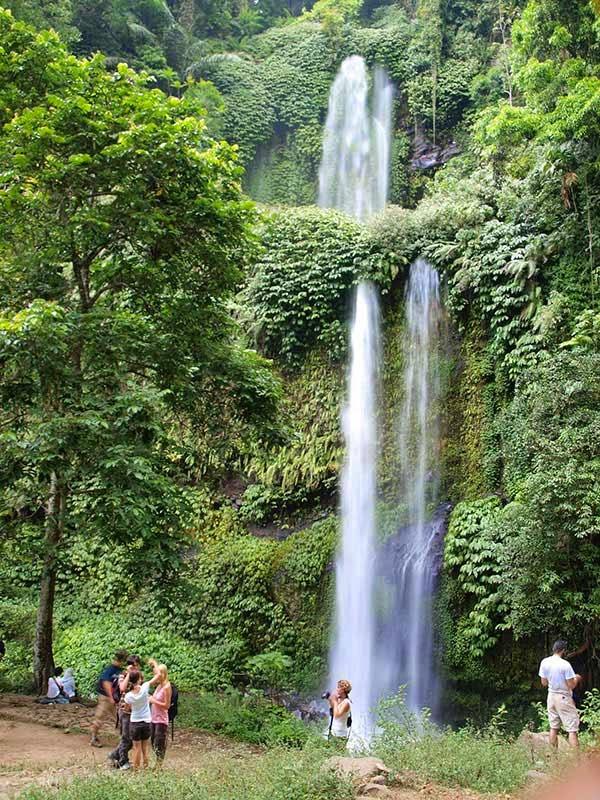 Wisata Budaya Lombok Utara Air Terjun Sendang Gila Halnya Tempat
