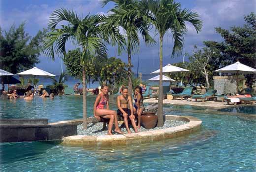 Wisata Lombok Utara Nusa Tenggara Gili Trawangan Terbesar Ketiga Pulau