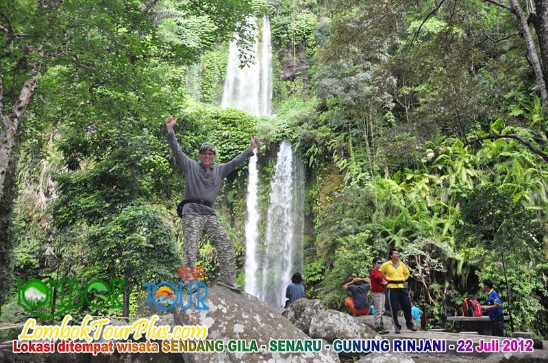Wisata Menuju Air Terjun Sendang Gile Pulau Lombok Tour Meluangkan