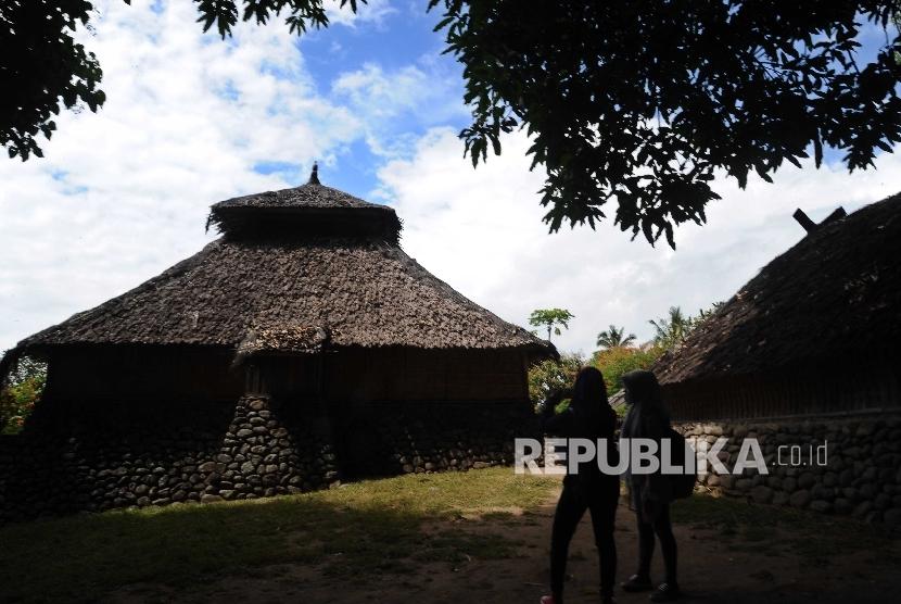 Masjid Kuno Bayan Petunjuk Masuknya Islam Lombok Republika Online Pengunjung