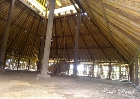 Rindu Masjid Kuno Bayan Beleq Pulau Lombok Interior Sederhana Kab