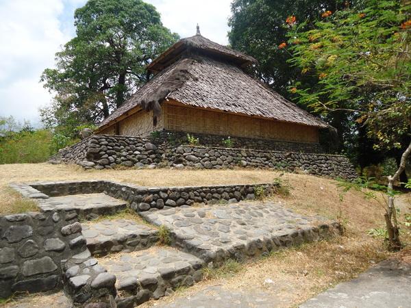 Sasbroexplorer Masjid Bayan Beleq Sebuah Terletak Desa Kecamatan Kabupaten Lombok