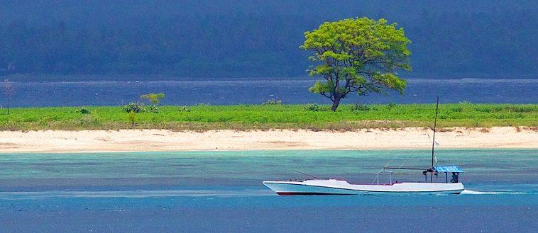 Abadikan Momen Indah Kamu Gili Kondo Private Island Lombok Pantai