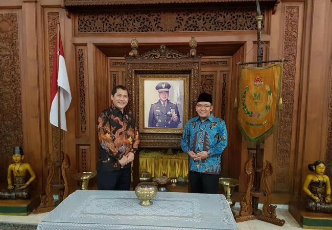 Karo Bupati Lombok Utara Sepakat Kerjasama Dibidang Pariwisata Pantai Lokok