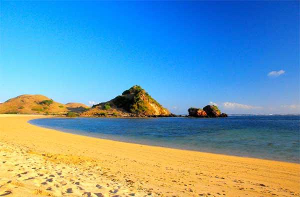 Pantai Kuta Pulau Lombok Selatan Wisata Bahari Pasir Putih Indonesia