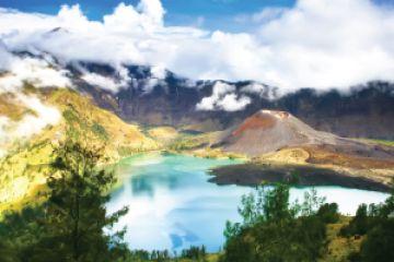 Travel Destinasi Wisata Kabupaten Lombok Utara Gunung Rinjani Pantai Lokok