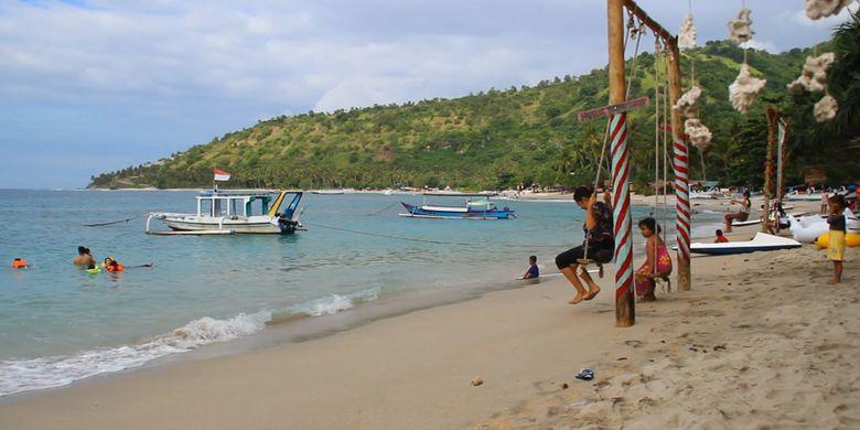 Pantai Pandanan Lombok Surga Pelancong Kompas Keindahan Desa Malaka Kabupaten