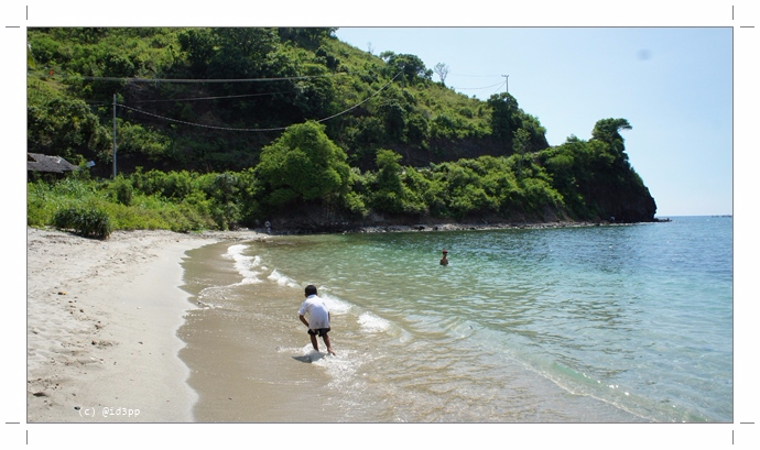 Pantai Pandanan Lombok Utara Bikin Hati Senang Perut Kenyang Sony