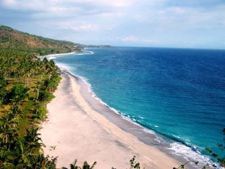 Tempat Wisata Pulau Lombok Rumah Idolaku Pantai Malimbu Kab Utara