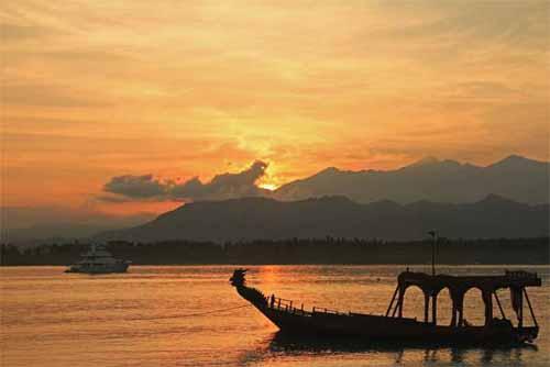 Pantai Sire Lombok Click Enlarge Image Lombok7 Jpg Medana Kab