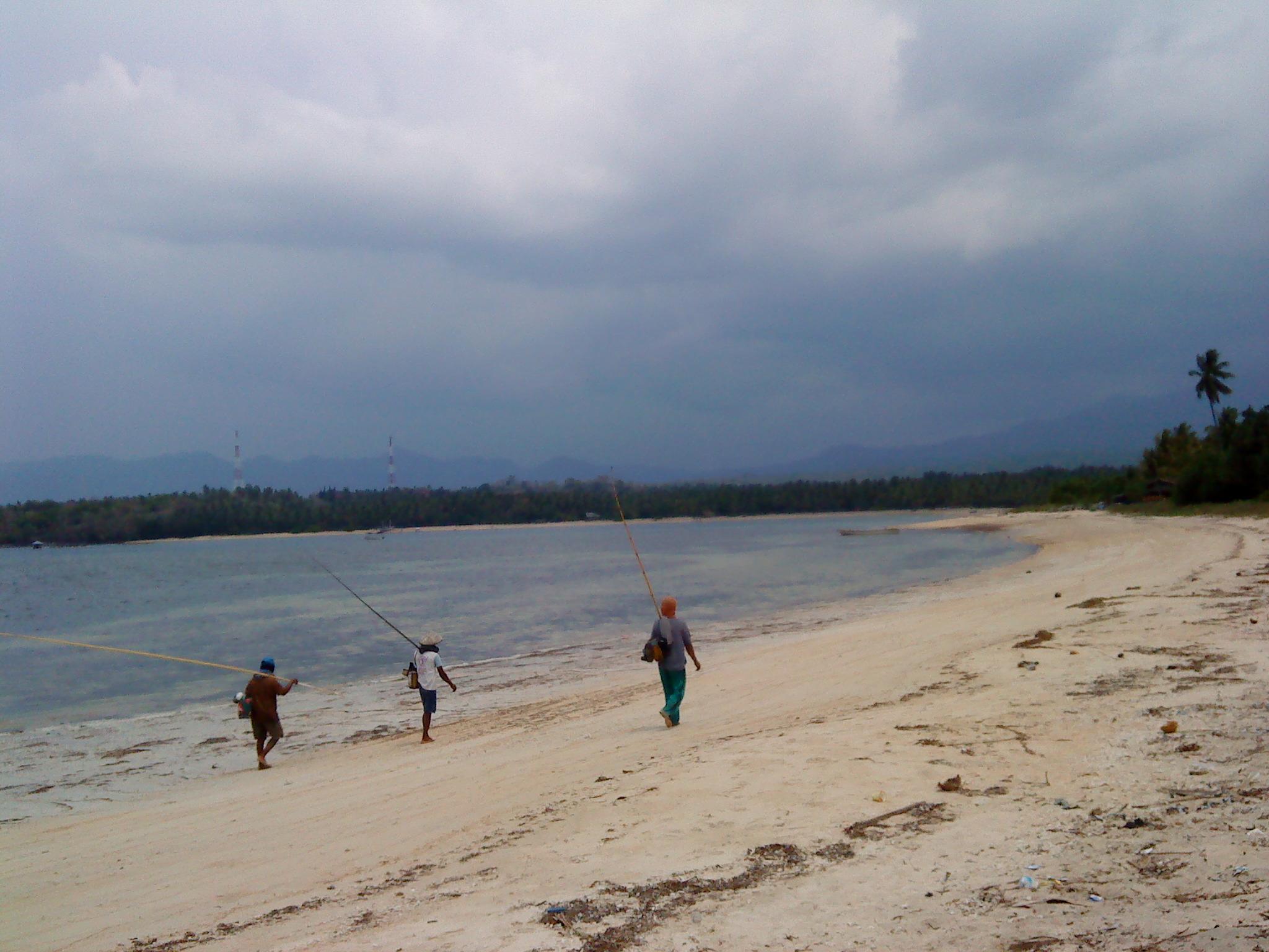 Pantai Sire Lovely Baby Dipantai Tidak Terlalu Senggigi Pantainya Landai