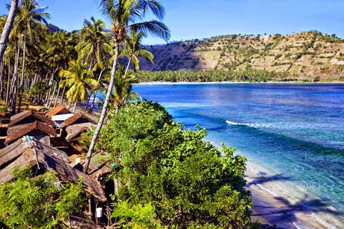 Pantai Sire Medana Memiliki Keindahan Menawan Wisata Lombok Utara Kab