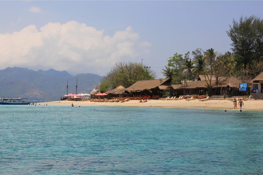 Inilah Gili Air Sepi Mempesona Indonesiakaya Terletak Kabupaten Lombok Utara
