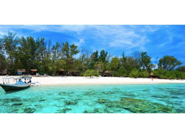 Jalan Pantai Gili Indah Air Kabupaten Lombok Utara Nusa Tenggara