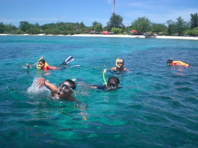 Secuil Blog Pulau Gili Mempesona Diantara Tiga Kabupaten Lombok Utara