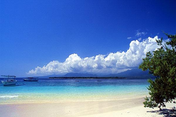 Gili Meno Tempat Wisata Menarik Lombok Pulau Kecil Bagian Tak