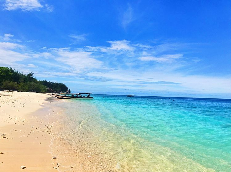 Obyek Wisata Lombok Keindahan Pantai Gili Meno Hingga Taman Bawah